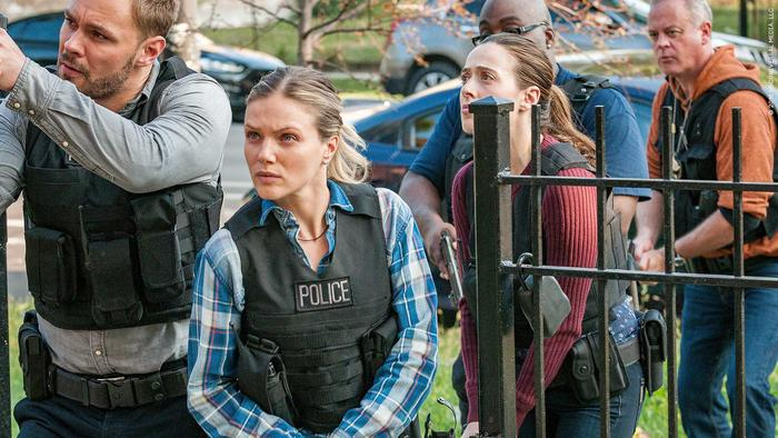 axn_chicagopd_s5_07